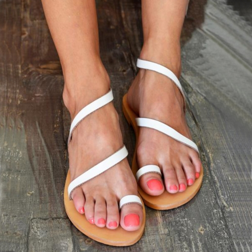 Slip-On Flat With Thong Plain Women's Sandals