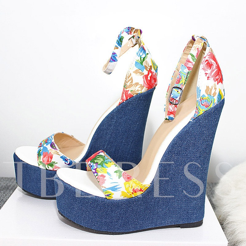 Wedge Heel Open Toe Line-Style Buckle Heel Covering Women's Sandals