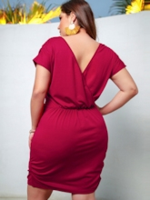 Plus Size V-Neck Short Sleeve Pencil Women's Day Dress