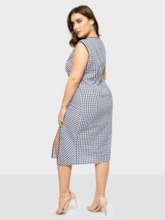 Plus Size Falbala Round Neck Sleeveless Elegant Women's Day Dress