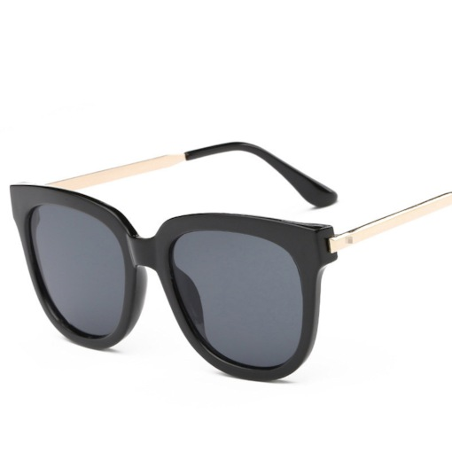Poly Carbonate Cat Eye Vintage Sunglasses