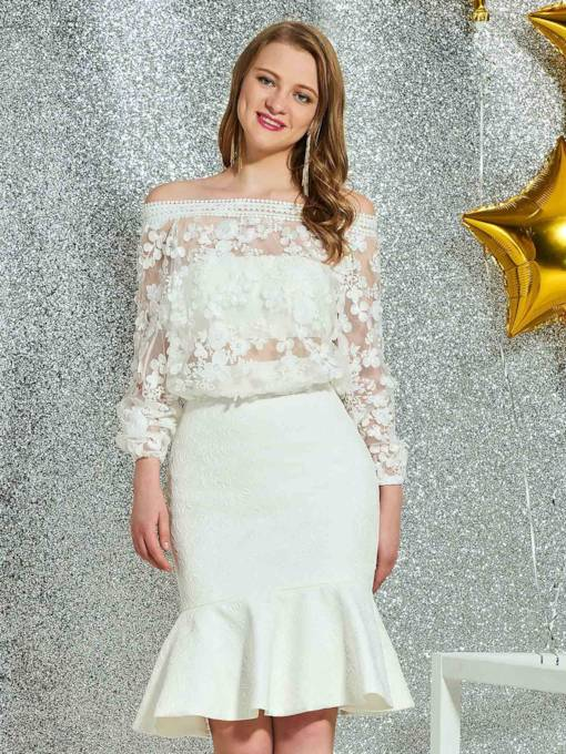 Off-The-Shoulder Knee-Length Lace Long Sleeves Homecoming Dress 2019