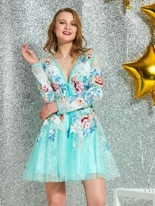 V-Neck Embroidery Lace Long Sleeves Cocktail Dress 2019