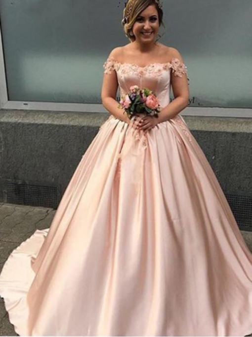 Appliques Floor-Length Ball Gown Off-The-Shoulder Quinceanera Dress 2019