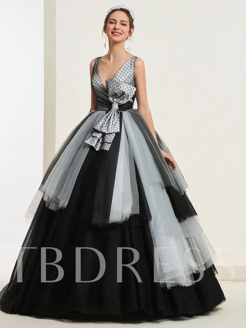 Ball Gown V-Neck Bowknot Tiered Quinceanera Dress 2019