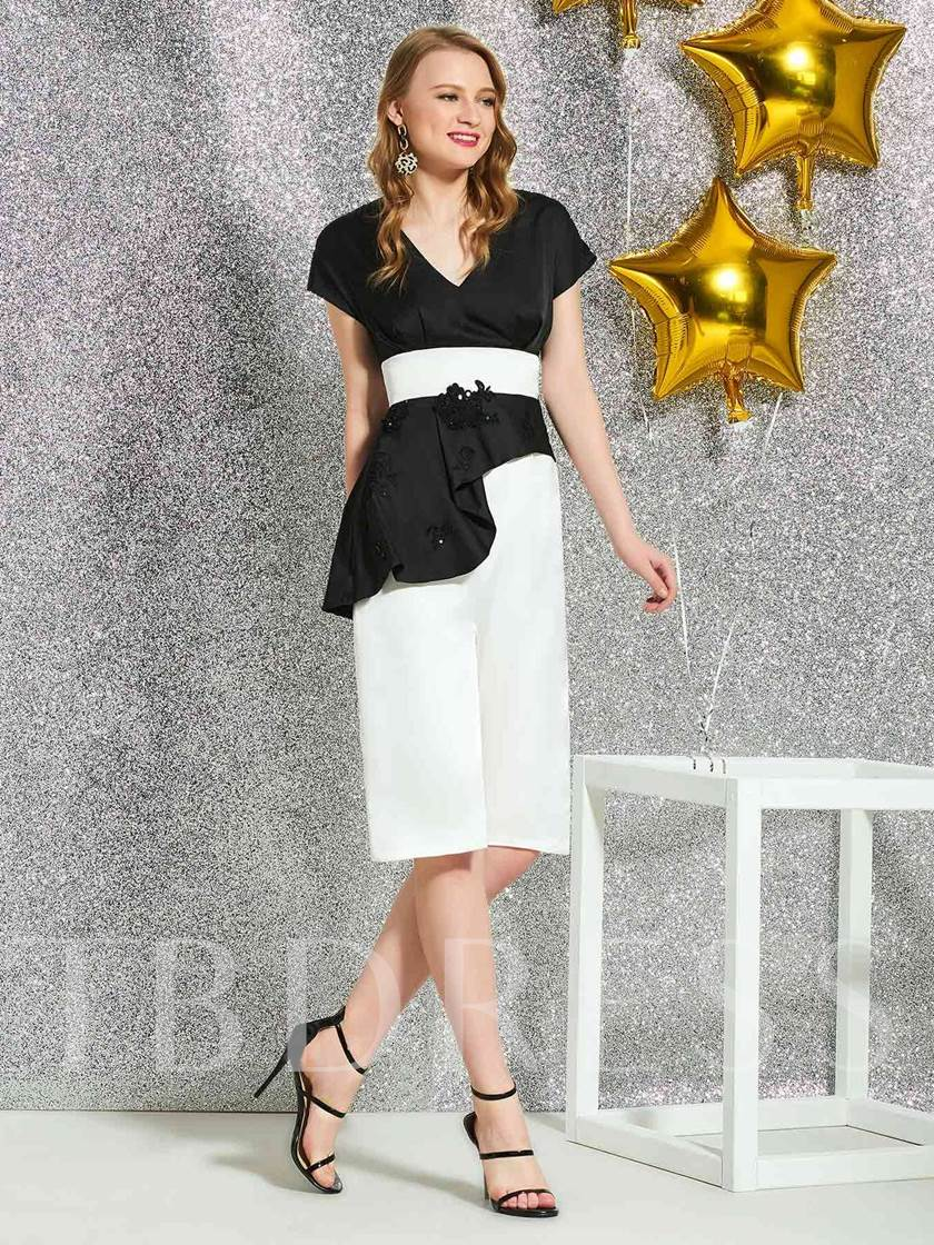 Knee-Length V-Neck Sheath Short Sleeves Cocktail Dress