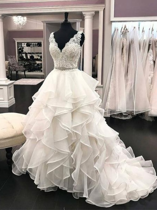 Tiered Ruffles Beading Appliques Ball Gown Wedding Dress 2019