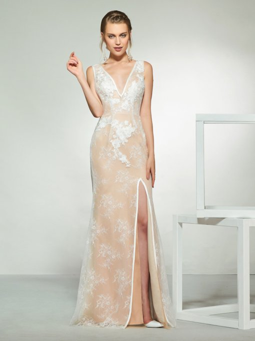 Split-Front Sheath Lace Wedding Dress 2019 with Cloak