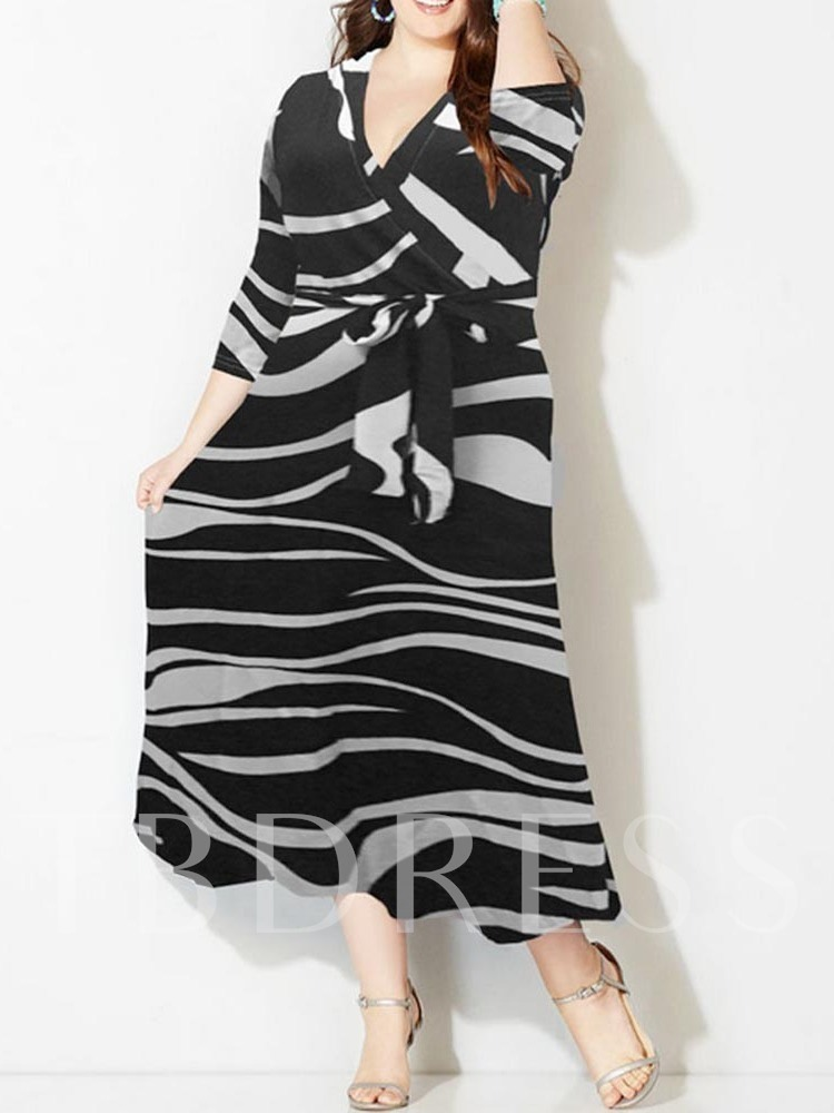 V-Neck Lace-Up Travel Look Women's Maxi Dress