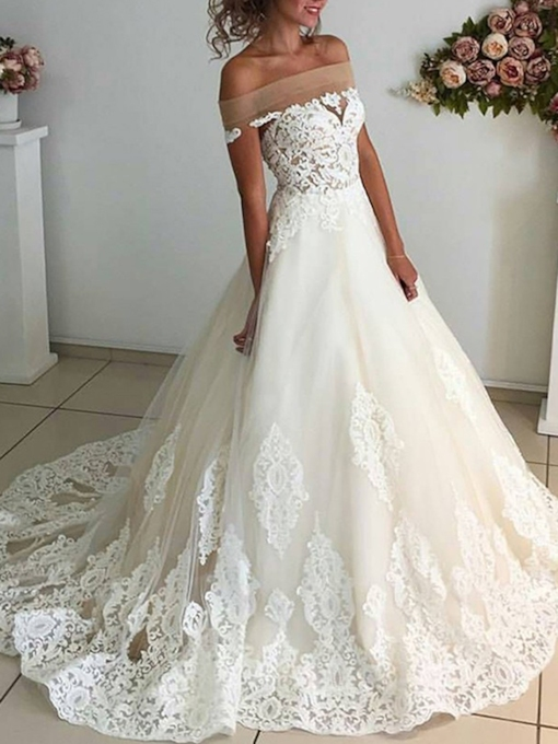 Off-The-Shoulder Court Trian Appliques Wedding Dress 2019