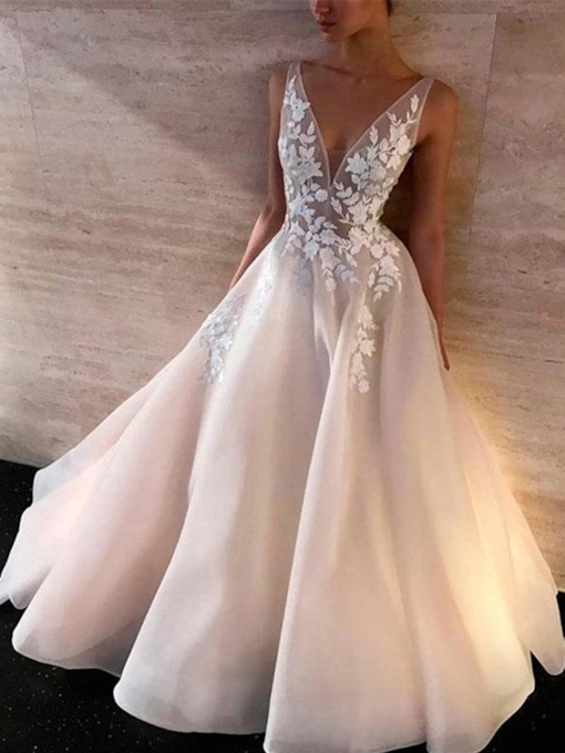 Deep V-Neck Organza Appliques Wedding Dress 2019