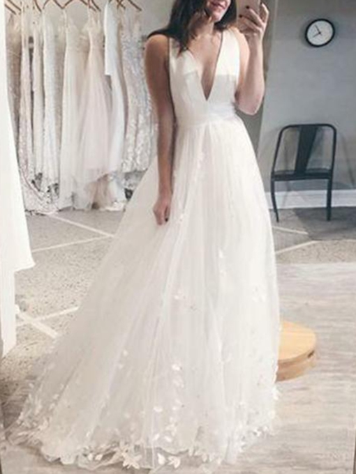 A-Line Appliques V-Neck Beach Wedding Dress 2019