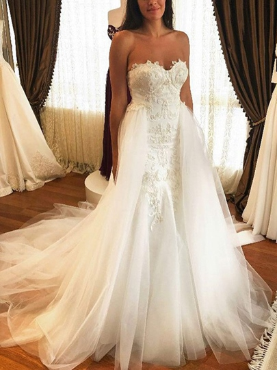 Sweetheart Appliques Watteau Train Wedding Dress 2019 Sweetheart Appliques Watteau Train Wedding Dress 2019