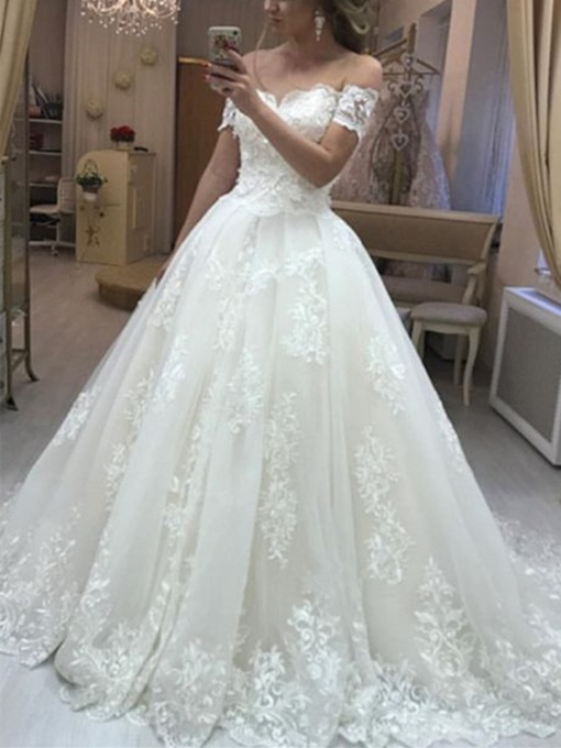 Off-The-Shoulder Court Train Appliques Wedding Dress 2019