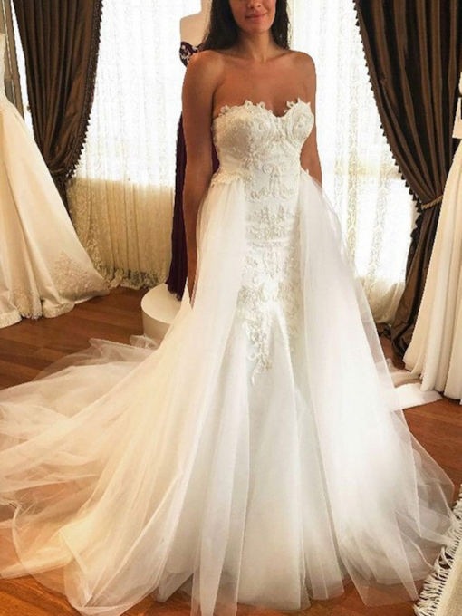 Sweetheart Appliques Watteau Train Wedding Dress 2019