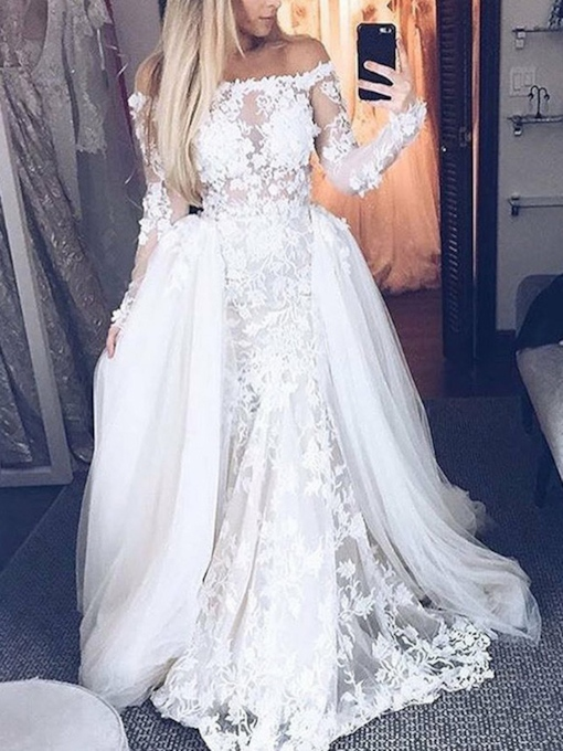 Appliques Long Sleeves Watteau Train Wedding Dress 2019