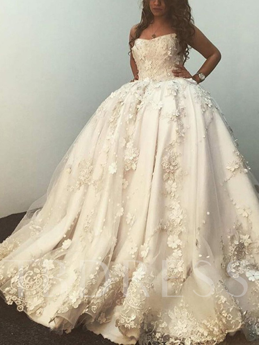 Strapless Appliques Ball Gown Wedding Dress 2019