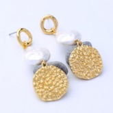 Irregular Gold Sheet Pearl Pendant Party Earrings