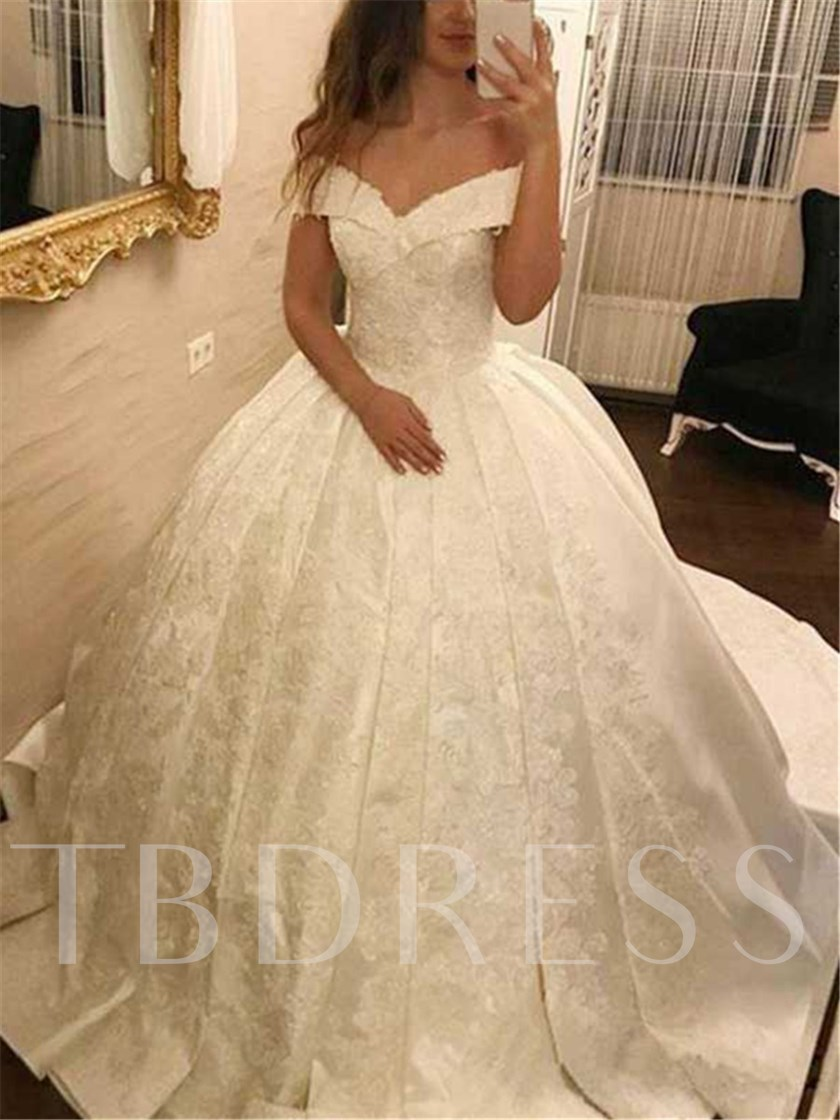 Ball Gown Chapel Train Off-The-Shoulder Appliques Wedding Dress 2019