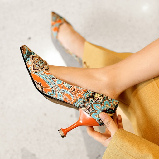 7f1b82b7dbce Floral Pointed Toe Slip-On Low-Cut Upper Women s Pumps