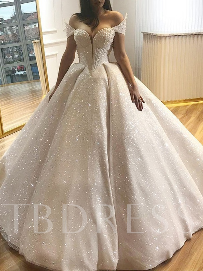 Off the Shoulder Ball Gown Sweetheart Pearls Wedding Dress 2019
