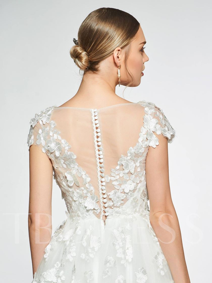 Cap Sleeve Bateau Neck Appliques Wedding Dress 2019