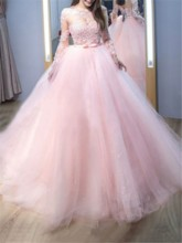 Long Sleeves Lace Appliques Ball Gown Quinceanera Dress 2019