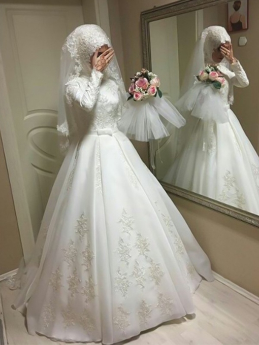 Long Sleeves Bowknot Ball Gown Muslim Wedding Dress 2019