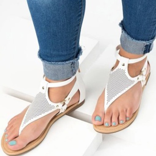 Heel Covering Block Heel Buckle Thong Plain Sandals