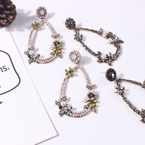 Water Drop Shape Floral Decorated Pearl Alloy Earrings