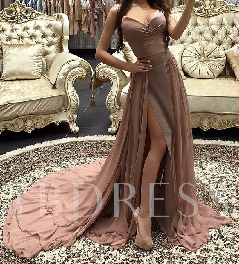 Spaghetti Straps Sleeveless Court Train Floor-Length Prom Dress 2019
