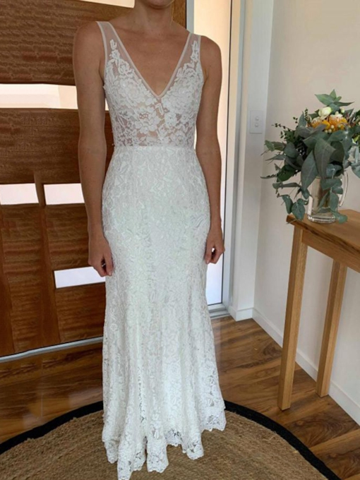 Backless Column Lace Wedding Dress 2019