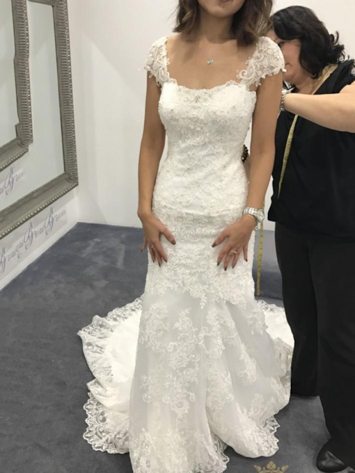 Cap Sleeves Mermaid Appliques Wedding Dress 2019