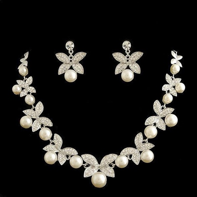 Floral Pearl Inlaid Necklace Jewelry Sets (Wedding) Floral Pearl Inlaid Necklace Jewelry Sets (Wedding)