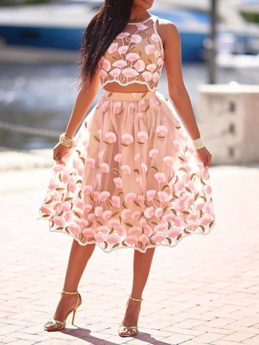 Floral Skirt Mesh Expansion Women's Two Piece Sets