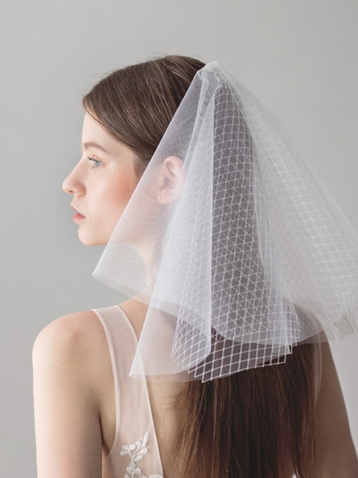 Cut Edge Hollow Two-Layer Short Wedding Veil
