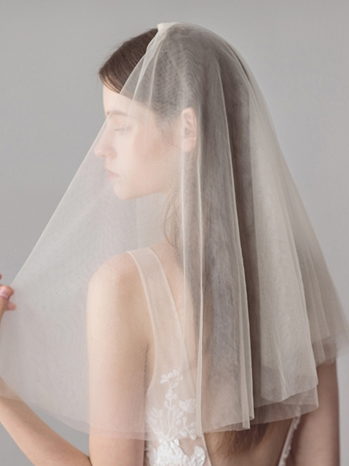 Cut Edge Two-Layer Short Wedding Veil 2019
