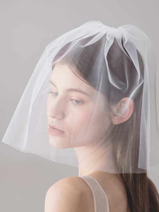 Cut Edge One-Layer Short Wedding Veil 2019