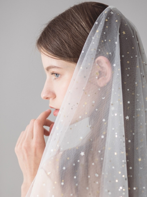 Cut Edge Star Two-Layer Fingertip Wedding Veil 2019