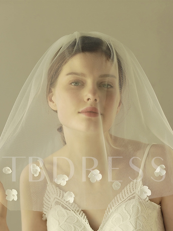 Cut Edge One-Layer Beading Flowers Wedding Veil 2019