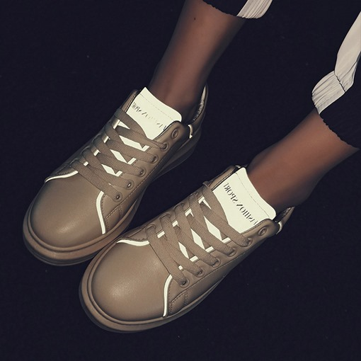 Round Toe Lace-Up Lace-Up Neon Chic Women's Sneakers