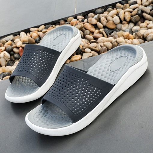 Hollow Summer Simple Men's Slippers
