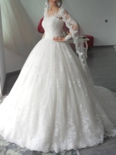 Lace Long Sleeves Ball Gown Wedding Dress 2019