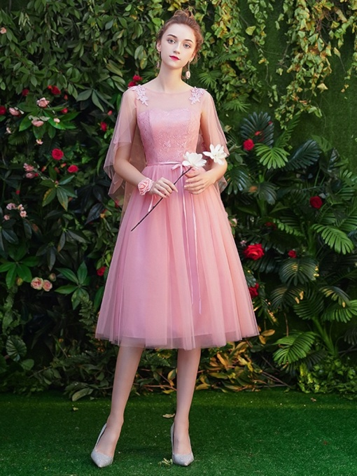 Tea-Length A-Line Lace Scoop Homecoming Dress