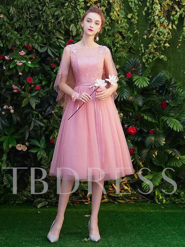 Tea-Length A-Line Lace Scoop Homecoming Dress 2019