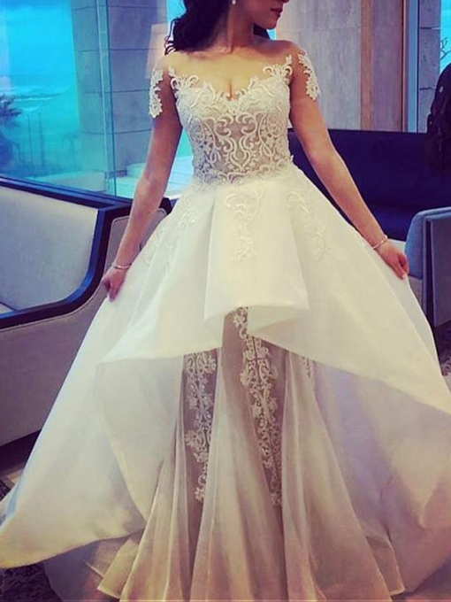 Appliques Tiered Short Sleeves Wedding Dress 2019
