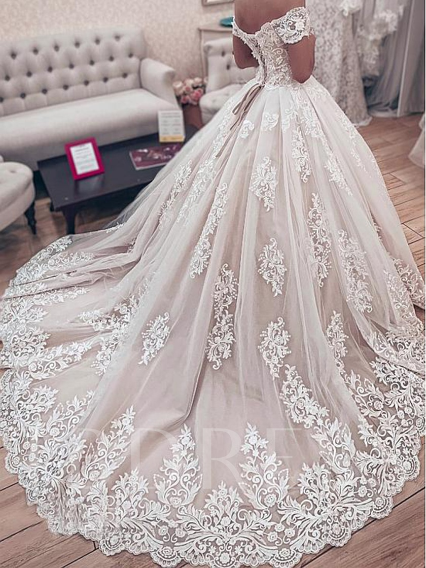 Off the Shoulder Appliques Lace-Up Ball Gown Wedding Dress 2019