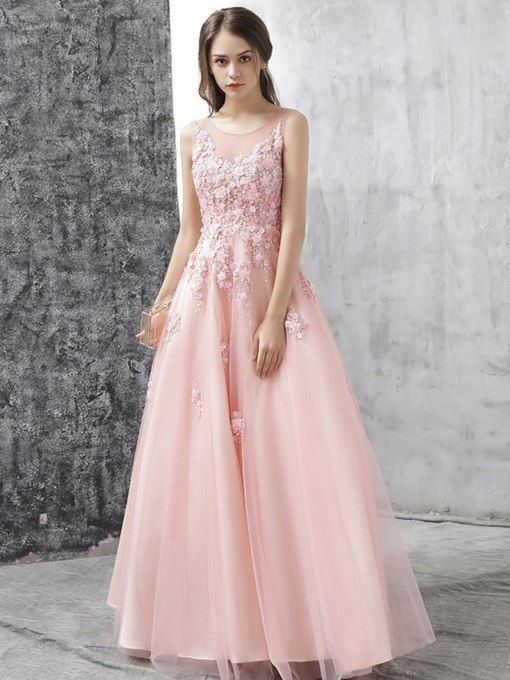 Scoop Appliques Floor-Length A-Line Prom Dress 2019