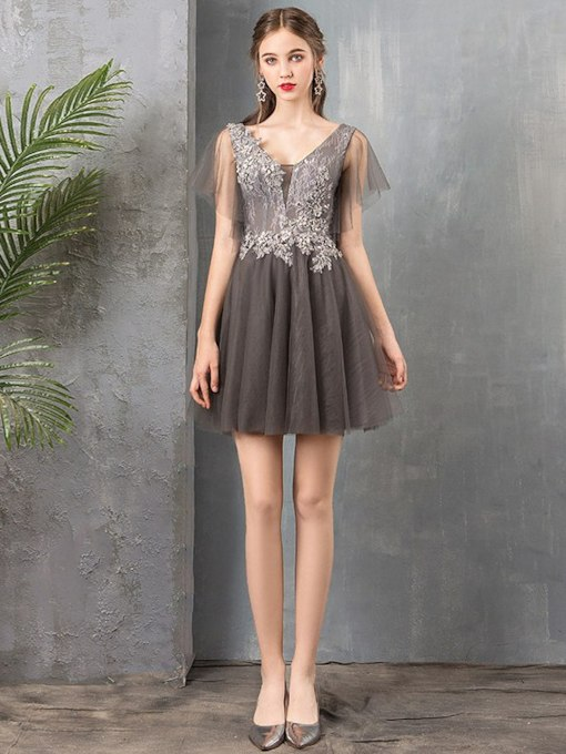 Short Lace A-Line V-Neck Homecoming Dress 2019