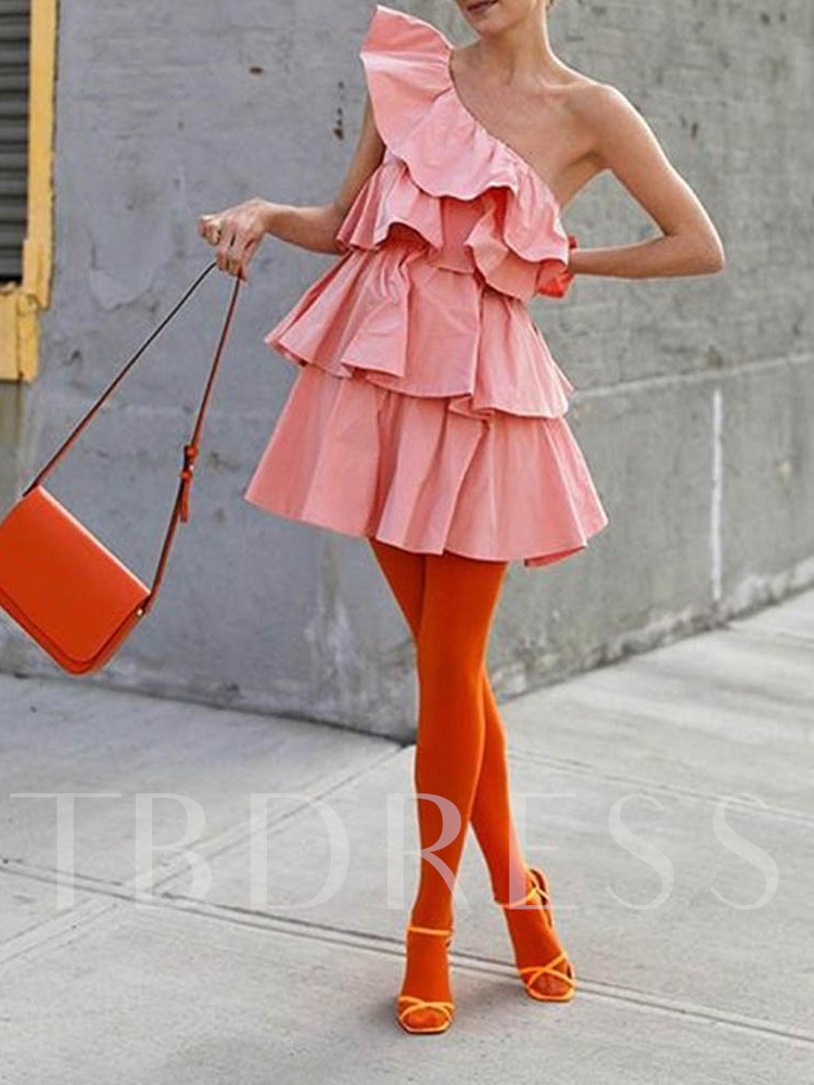 Oblique Collar Pleated Sleeveless One-Shoulder Women's Day Dress